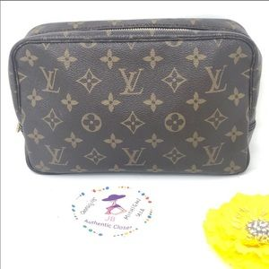 Louis Vuitton Vintage Trousse Toilette 23